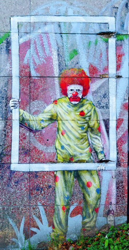 Clown Essen Germany Painting Sad Clown  Sad Face Street Art Traum Trauriger Clown Art Is Everywhere