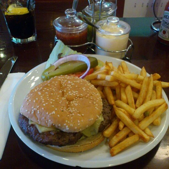 Beef Cheese Burger at Jacks puerto_banus , not that good , too dry and salty purto_banus puerto banus marbella spain