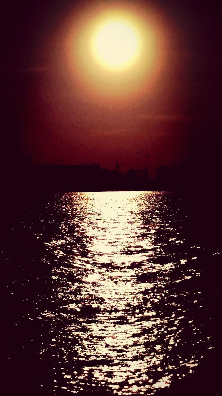 sun, sunset, sunlight, water, sea, scenics, beauty in nature, sky, tranquility, nature, no people, outdoors, tranquil scene, silhouette, reflection, moon, waterfront