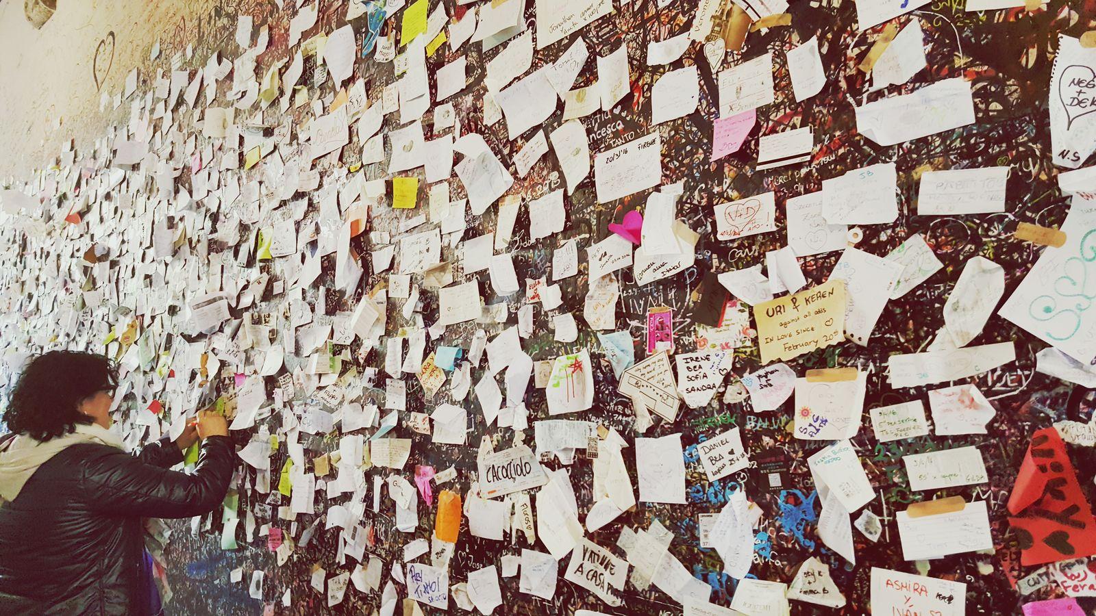 Verona Italia Locks Of Love Love ♥ Love Notes