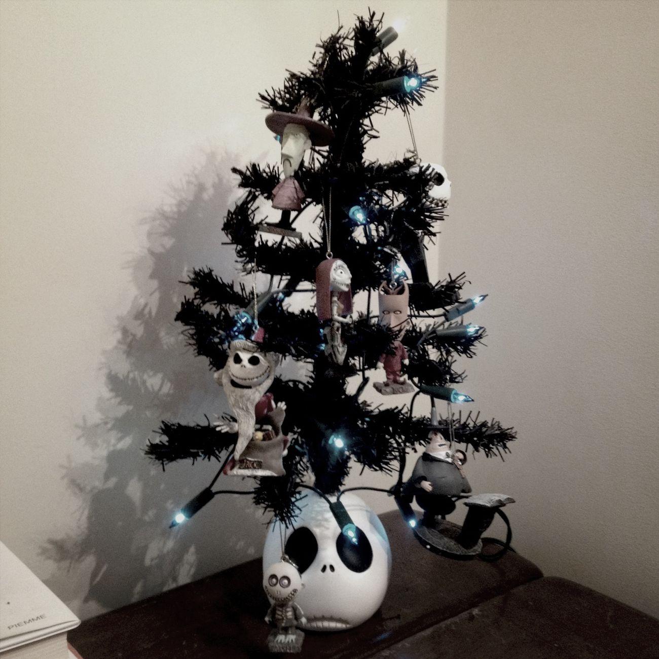 This year, xmas with Tim Burton!:) Christmas Tree Timburton TheNightmareBeforeChristmas Merry Christmas!