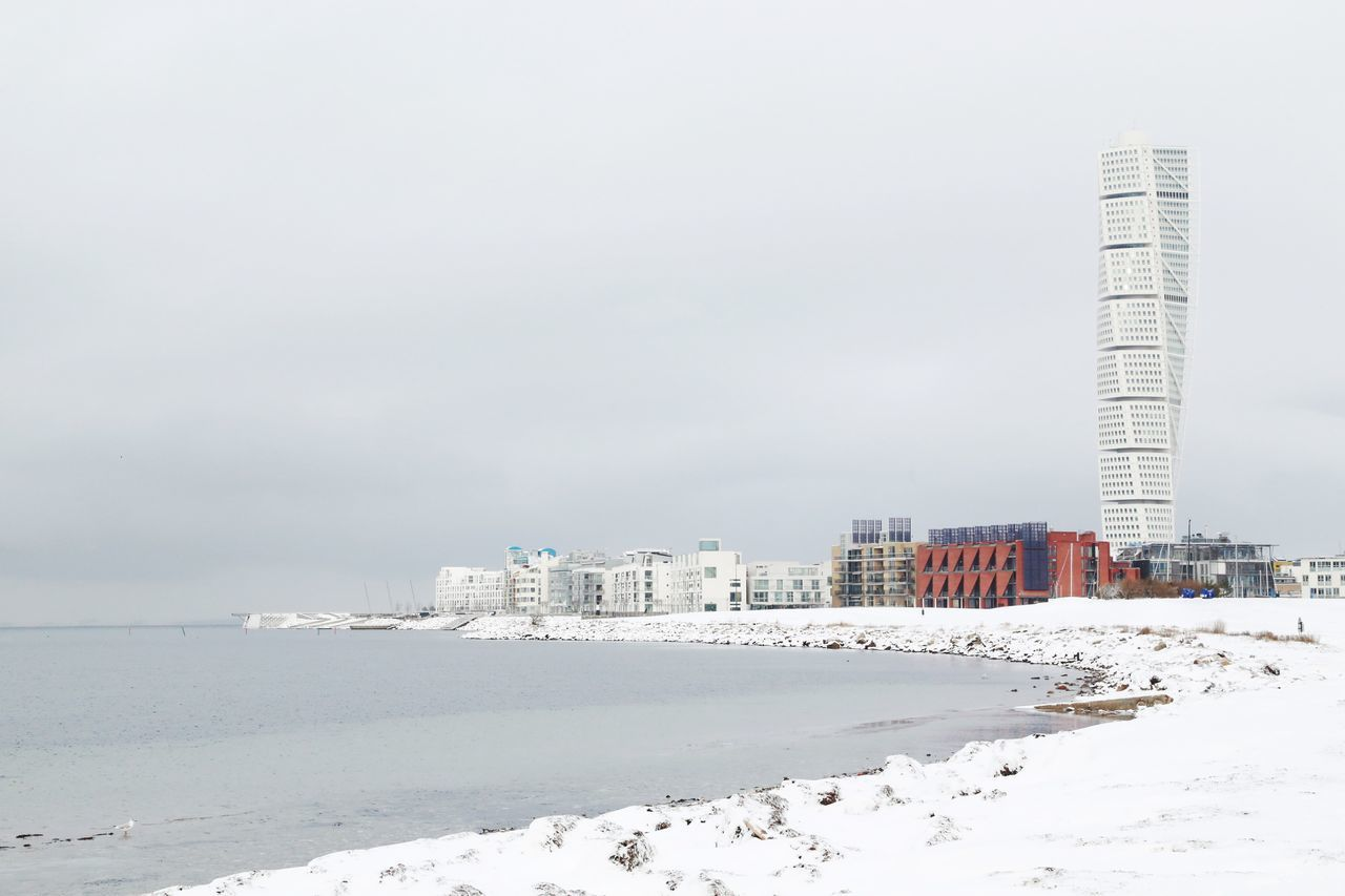 Nordic Light Nordic Countries Nordic Scandinavia Sweden Swedishwinter Malmö Malmoe Tall - High Apartment Buildings Santiago Calatrava Light Coastline Cold Temperature Building And Sky Architecture Apartments Coast Coastal Scandia Calatrava Landscape White Winter City