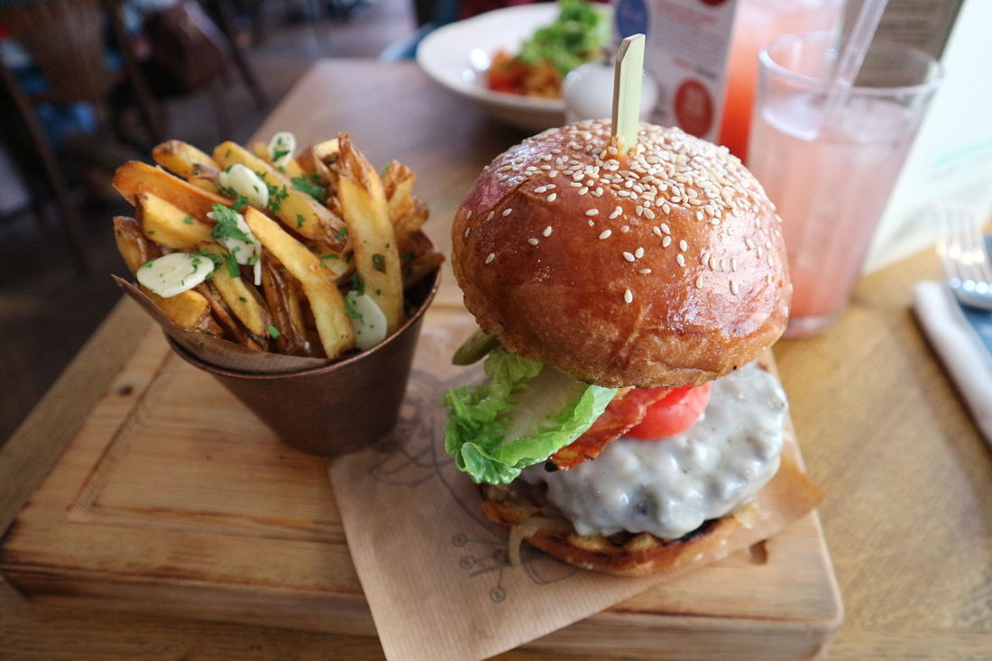 Hamburger Burger Ready-to-eat Fast Food Bun Freshness Food And Drink Snack Indoors  No People Deep Fried  Close-up Prepared Potato Food Garnish Day Onion Ring Jamie Oliver Jamie Oliver Restaurant Jamie Oliver's Restaurant ShareTheMeal My Year My View