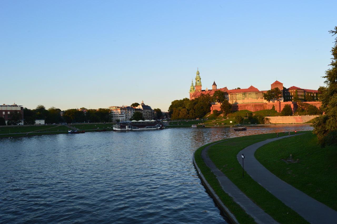 Wisła River Kraków, Poland Wawelcastle Castle Castle View
