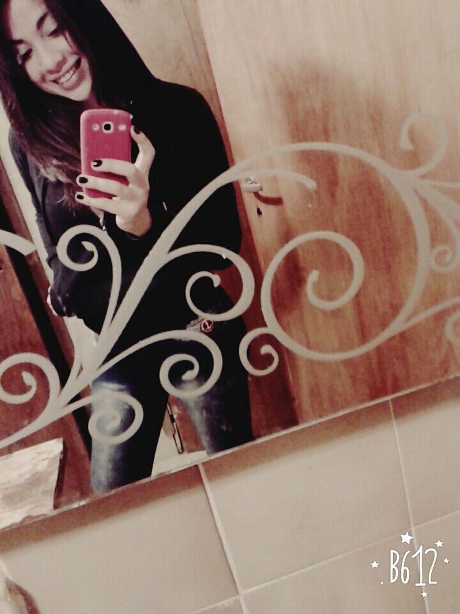 Good Morning✌♥ Bored ✌ Smileeveryday Muack:* Enyoing Myself