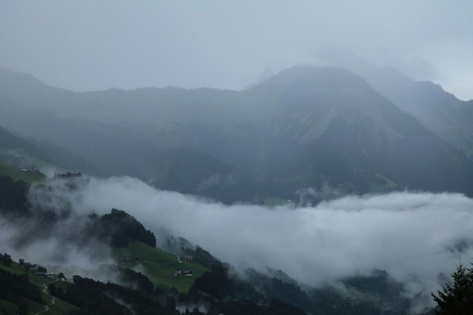 Wolken Slechtweer Mountain How's The Weather Today? Austria