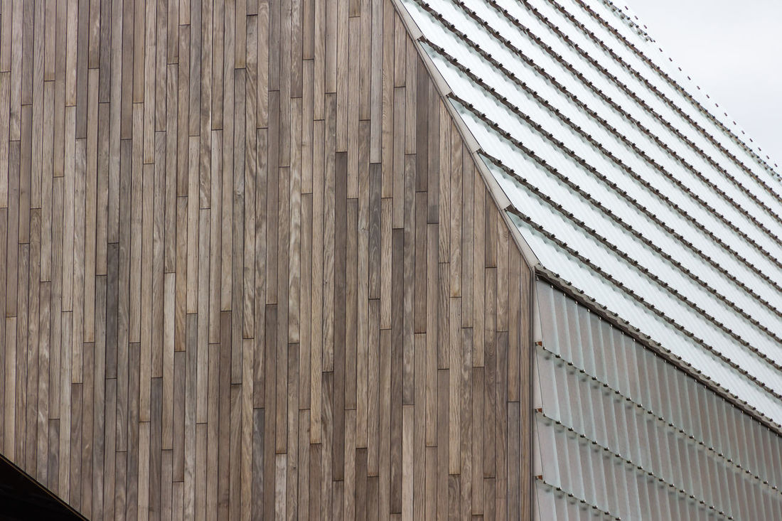 Ghent New Market Hall by architect Robbrecht en Daem (Hufton & Crow). Architecture Bold Bold Architecture Building Exterior Built Structure Contrast Day Design Glass - Material Lines And Angles Market Market Hall Metal - Material No People Outdoors Wood - Material