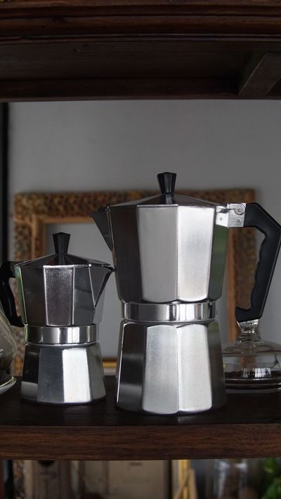 Preparation  Indoors  Espresso Maker Domestic Kitchen Kitchen No People Stove Food And Drink Appliance Close-up Day Coffee Coffee Maker Kaffee Kaffe Coffee Tools Coffee Blender Thaistagram Thailand Photos Thailand_allshots Latte Mocha