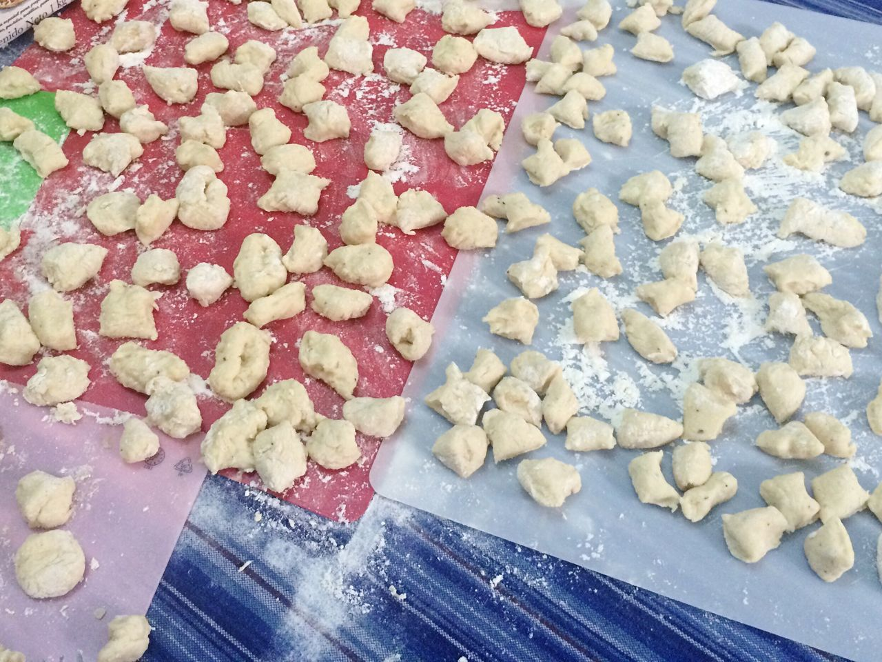 Gnocchi Di Patate Food Food And Drink Freshness Large Group Of Objects Indoors  Preparing Food Slow Food No People ñoquiscaseros ñoquis Gnocci Flour Knead Kneading