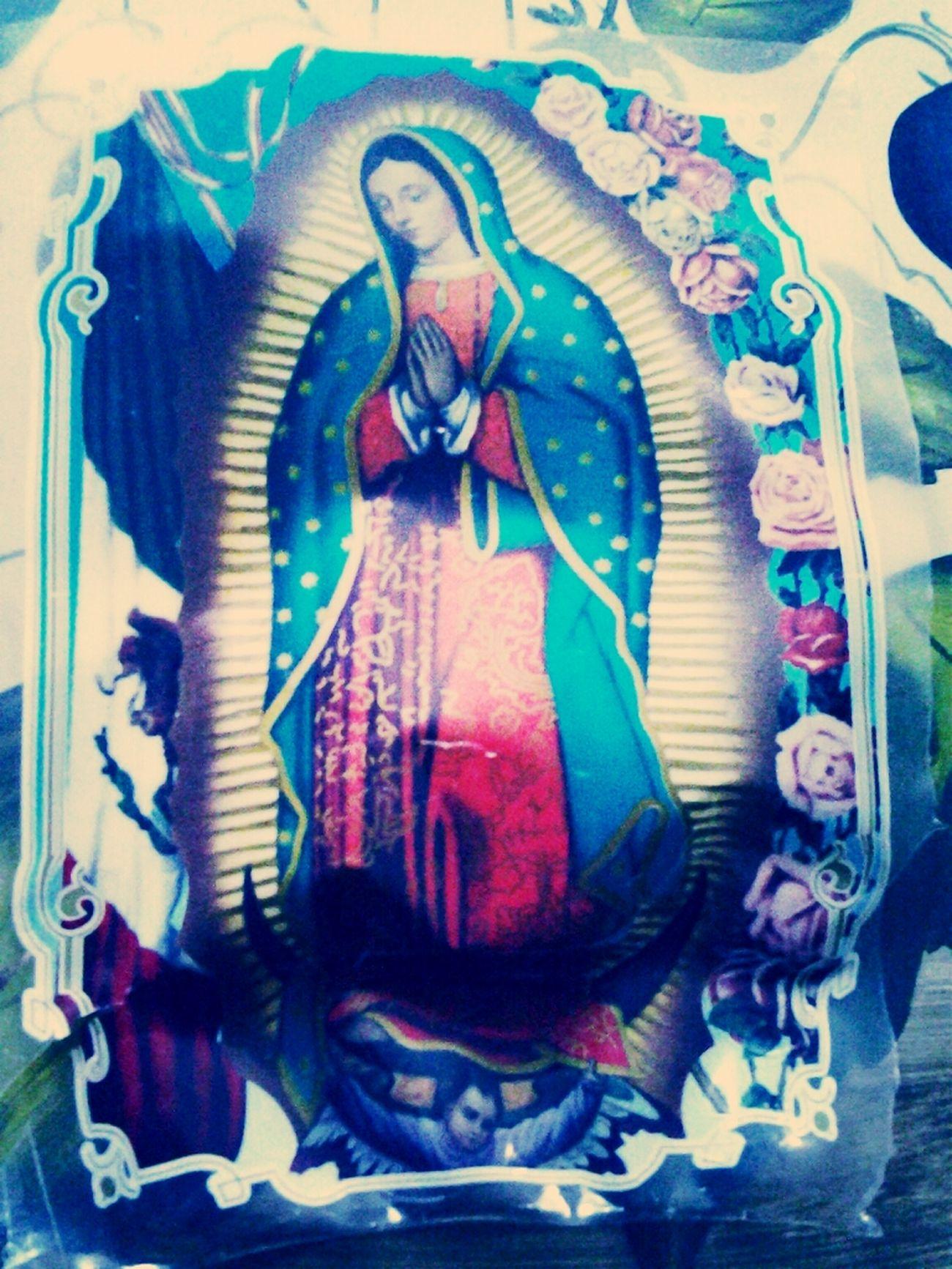 la luz de nuestra fe . viegen morena cuida mi Barrio y despues me condenas de mis pecados ...sur 13
