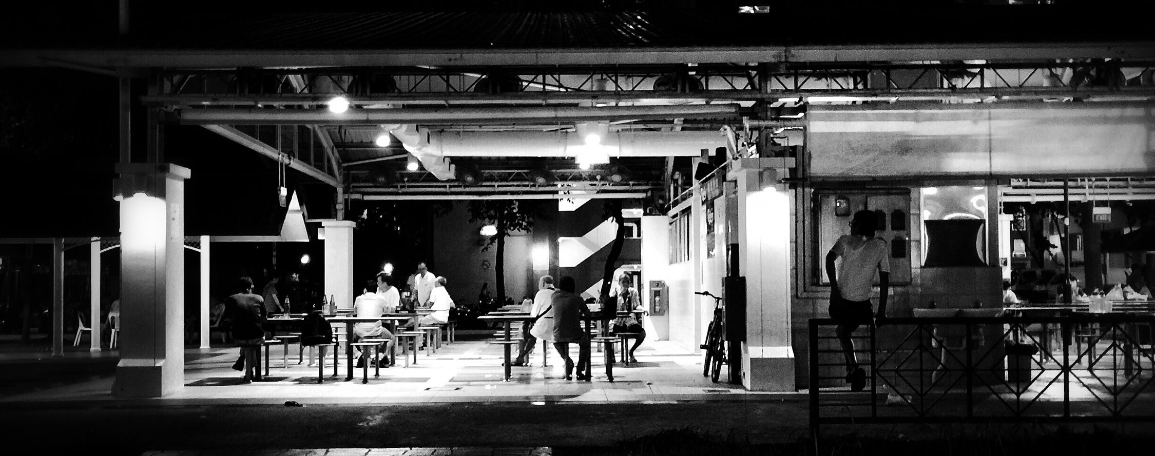 Bw_collection Blackandwhite Monochrome People People Watching Streetphotography Street Singapore Architecture Building