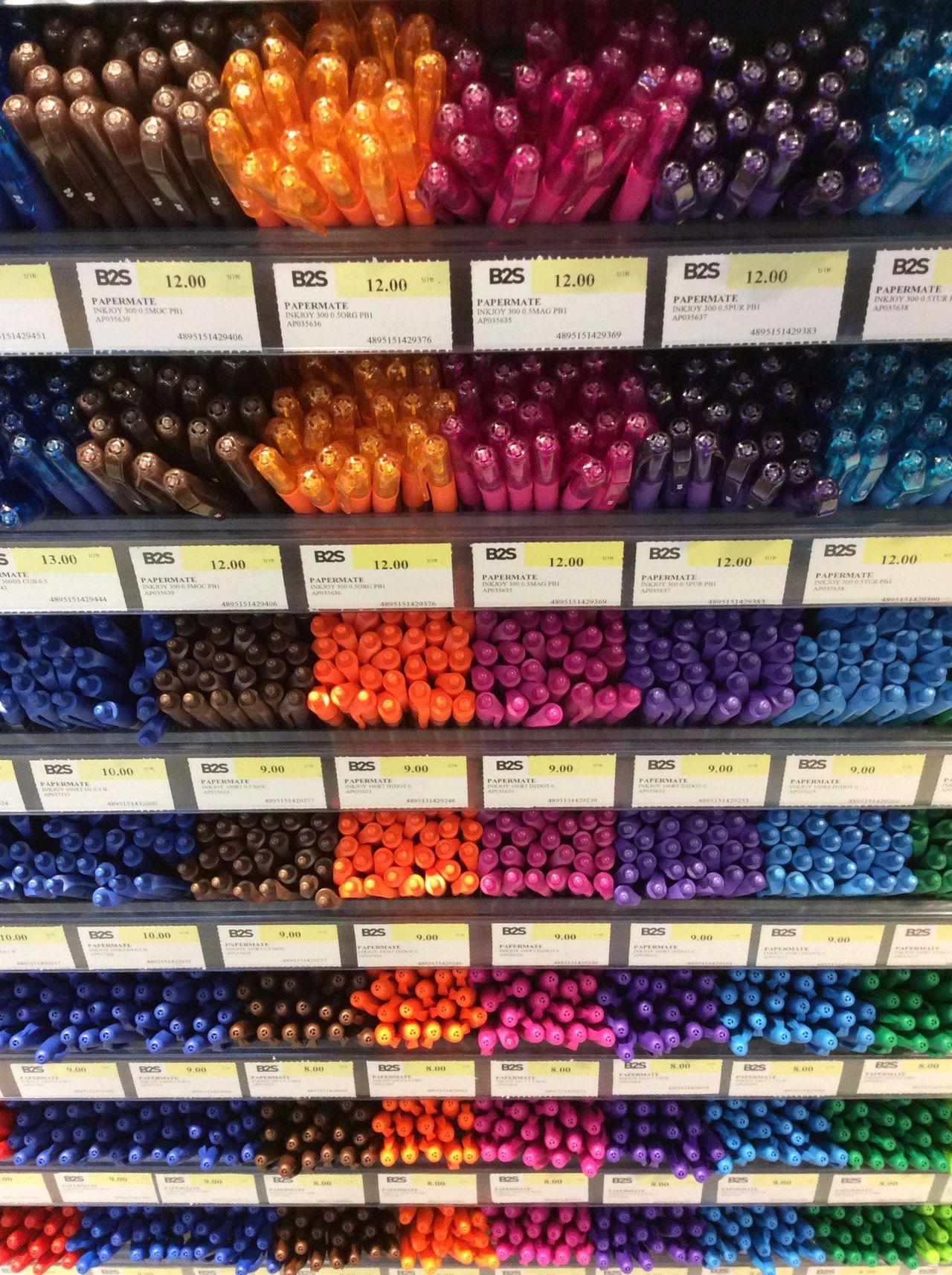 Central World BKK. B&S coloured marker pens Price Labels Thai infomation School Pens Thailand Stationary