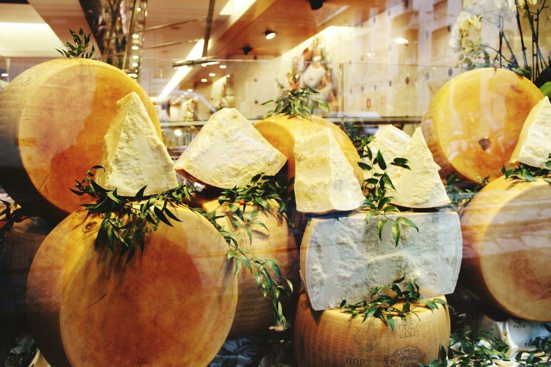 Indoors  Freshness In A Row Large Group Of Objects Group Of Objects Cheese Italian Food Italia Quesos  Pornfood
