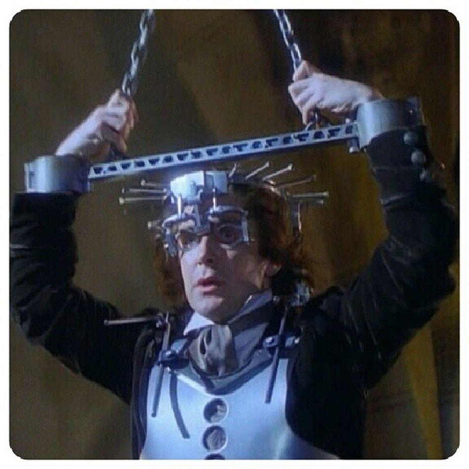 On se la tente Donjon dans DoctorWhoTheMovie ...