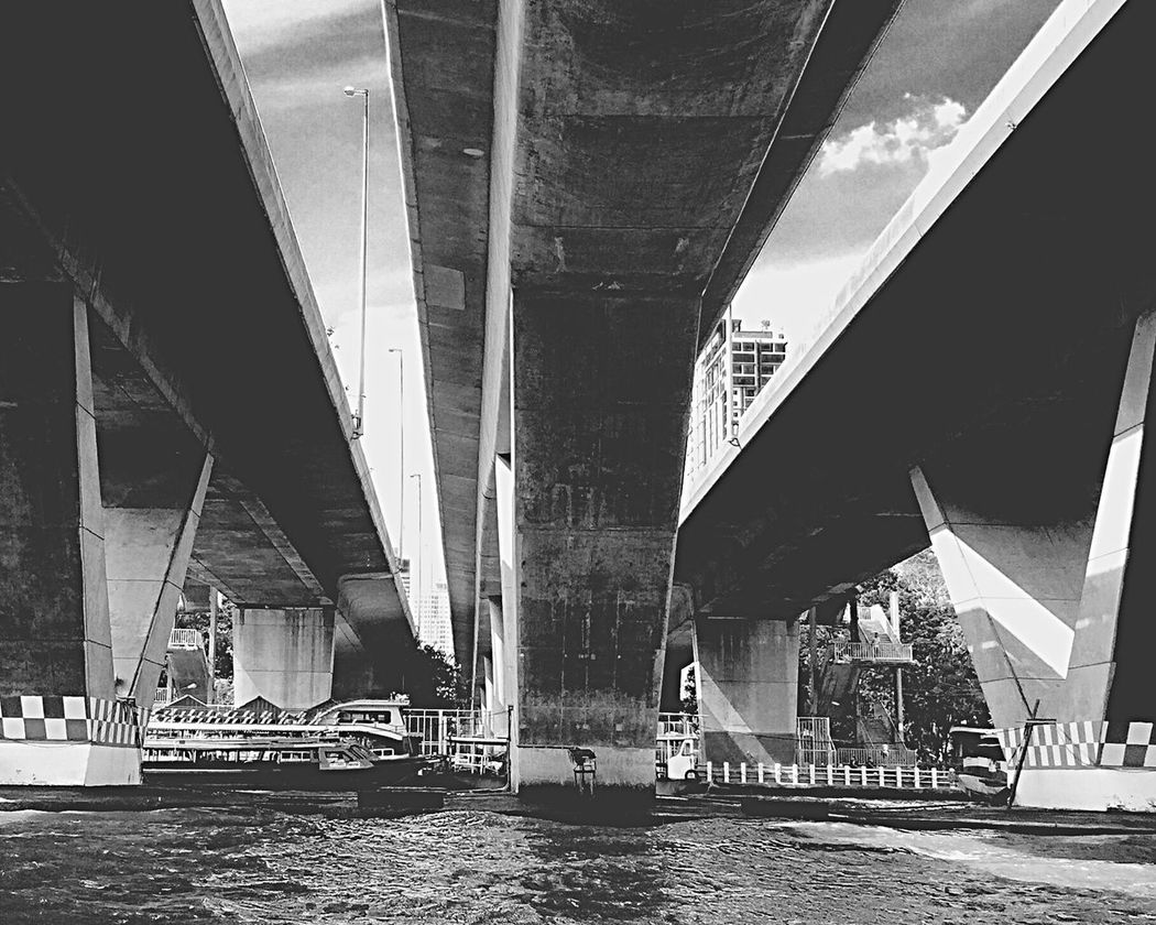 Bridges Bridge - Man Made Structure Transportation Architecture Connection Built Structure Day Outdoors Below No People Underneath Horizontal Architecturephotography Engineeringstructures