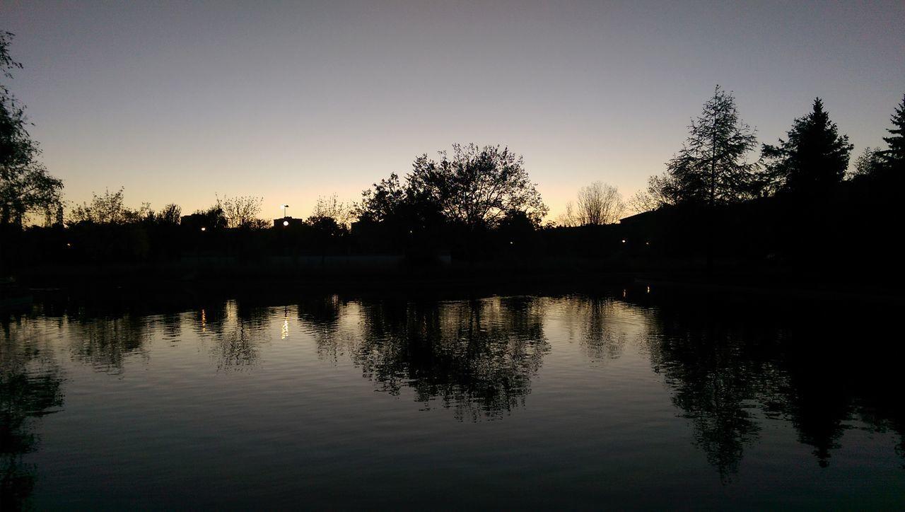 Reflection Water Silhouette Travel Lake Nature Landscape Horizontal Sky Tree Outdoors Vacations No People Amanecer Amaneceres Amanecer En Mi Ciudad Awakening Awake
