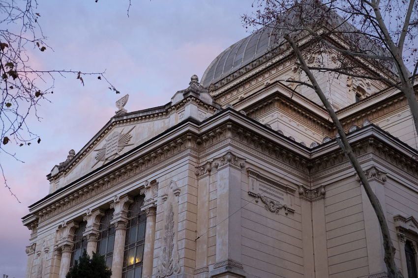 Edificio Sinagoga Architecture Cielo Colori History Low Angle View Outdoors Sky