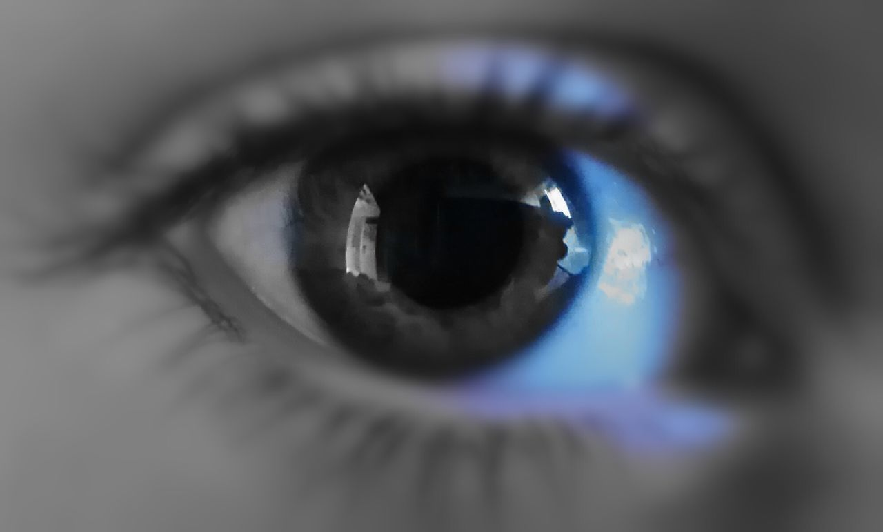 Eye.. Eyesight Human Eye Sensory Perception Reflection Close-up Human Body Part Extreme Close-up Macro One Person People Eyelash Iris - Eye Eyeball Lens - Eye Napoli Naples, Italy Naples🌊💙 Tranquility Nature Blue Indoors  Indoors  Indoors  First Eyeem Photo Day The City Light Lieblingsteil
