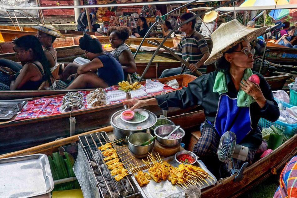 Bangkok Bangkok Thailand. Floating Market Floating Market Dumnoen Saduak Portrait Portrait Of A Woman Portraiture Thailand Thailand_allshots
