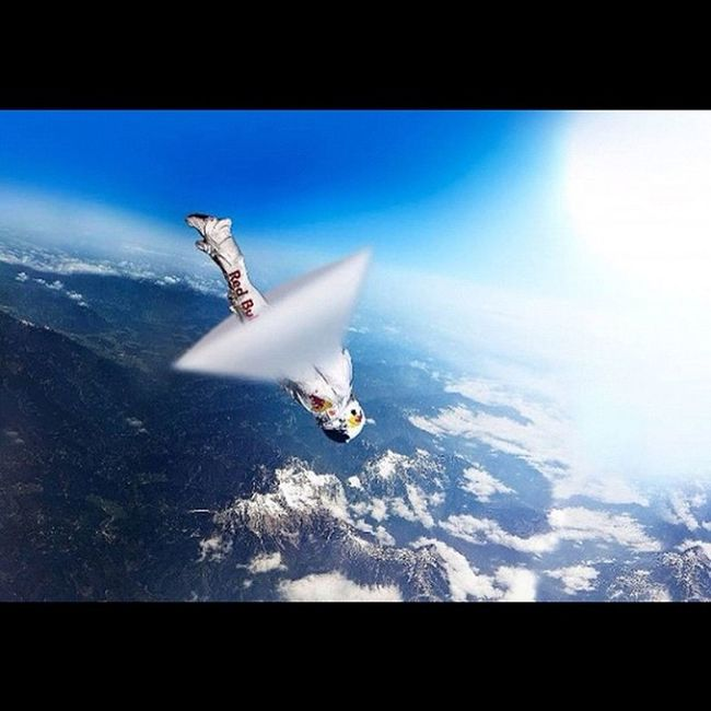 Epic Photo Felixbaumgartner Redbullstratos stratosphere jump machspeed