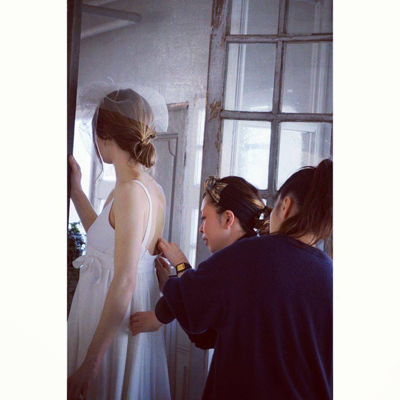 クリオマリアージュでは、只今明るくてファッション好きのドレススタイリストを募集中です❣ ご新郎ご新婦様の幸せのお手伝いを共に一緒にクラフツマンシップ魂でお手伝いして頂ける方のお申し込みお待ちしております。 詳細は4/16投稿のブログをご覧下さい。 http://ameblo.jp/cliomariage/entry-12015060873.html ウェディングドレス Cliomariage Weddingdress Dress ドレス カラードレス クリオマリアージュ タキシード ガーデンウエディング Wedding ウェディング 結婚 結婚式 結婚式準備 Accessory アクセサリー ヘッドドレス ギフト ブライダル Fashion ファッション ナチュラル 東京 渋谷 Japan 婚纱撮影ドレススタイリスト求人求人
