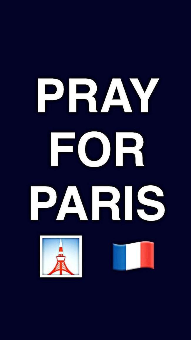 Soutien Paris Attentat Mycountry Living Dangerously Helpless Endoftheworld Parisienne Francaise Iloveparis Ilovemycountry