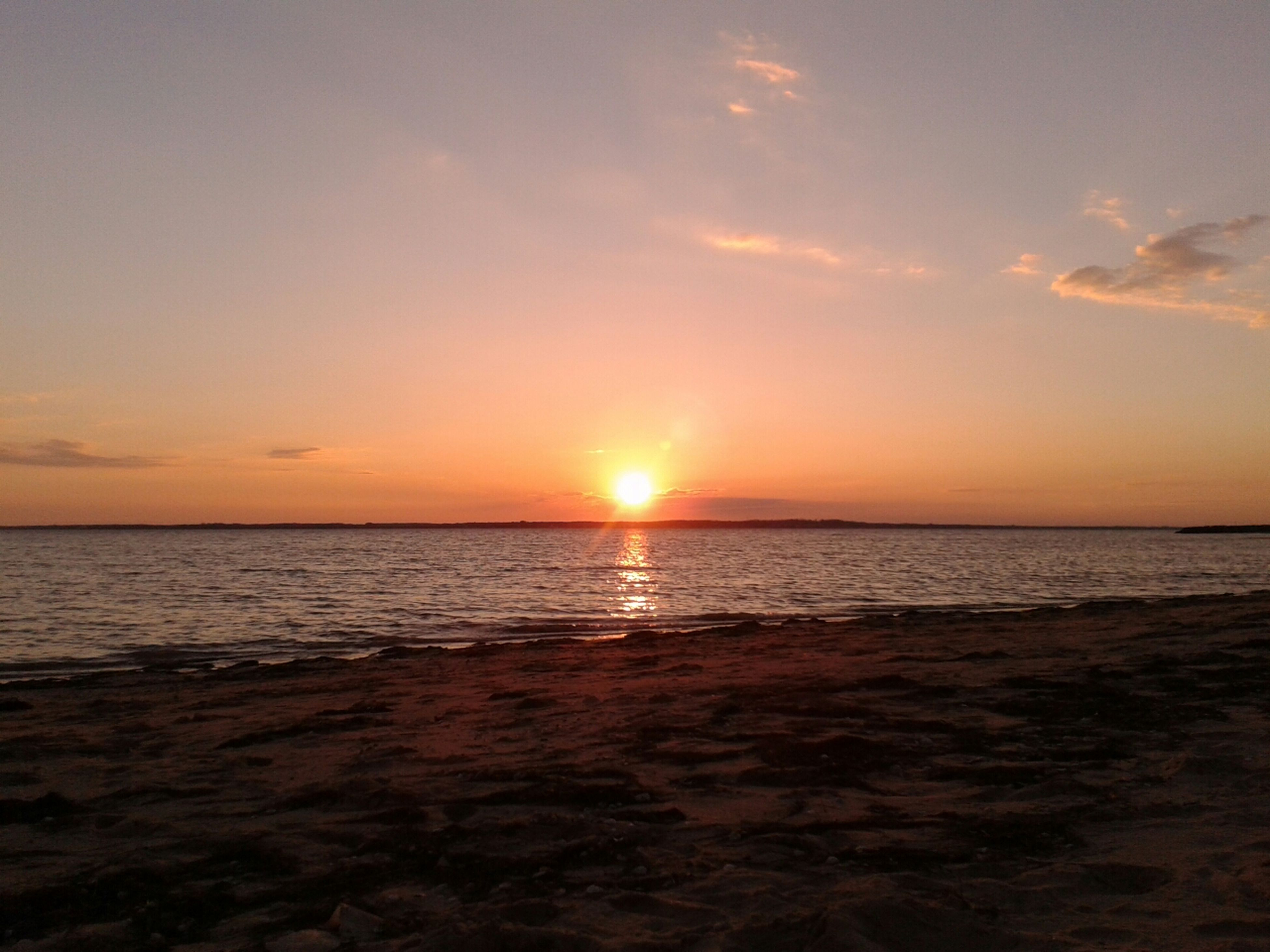 sunset, sea, sun, horizon over water, water, scenics, tranquil scene, beauty in nature, tranquility, orange color, beach, sky, idyllic, shore, nature, reflection, sunlight, cloud - sky, remote, outdoors