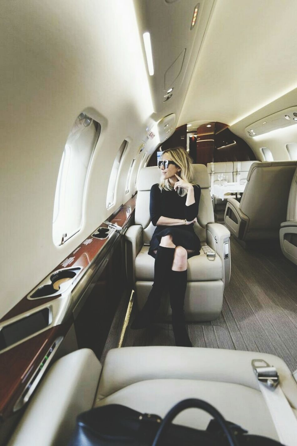 Because she wanted to see Key West - Airplane Travel Luxury Transportation One Woman Only Modern Private Airplane Educatedgirlsrock HAWKER 900XP Dinner Date Indoors  Business Beautiful People EyeEm Best Shots Women Only Women Beautiful People Business Finance And Industry One Person Illuminated People Adults Only Futuristic Aerospace Industry Working Adult