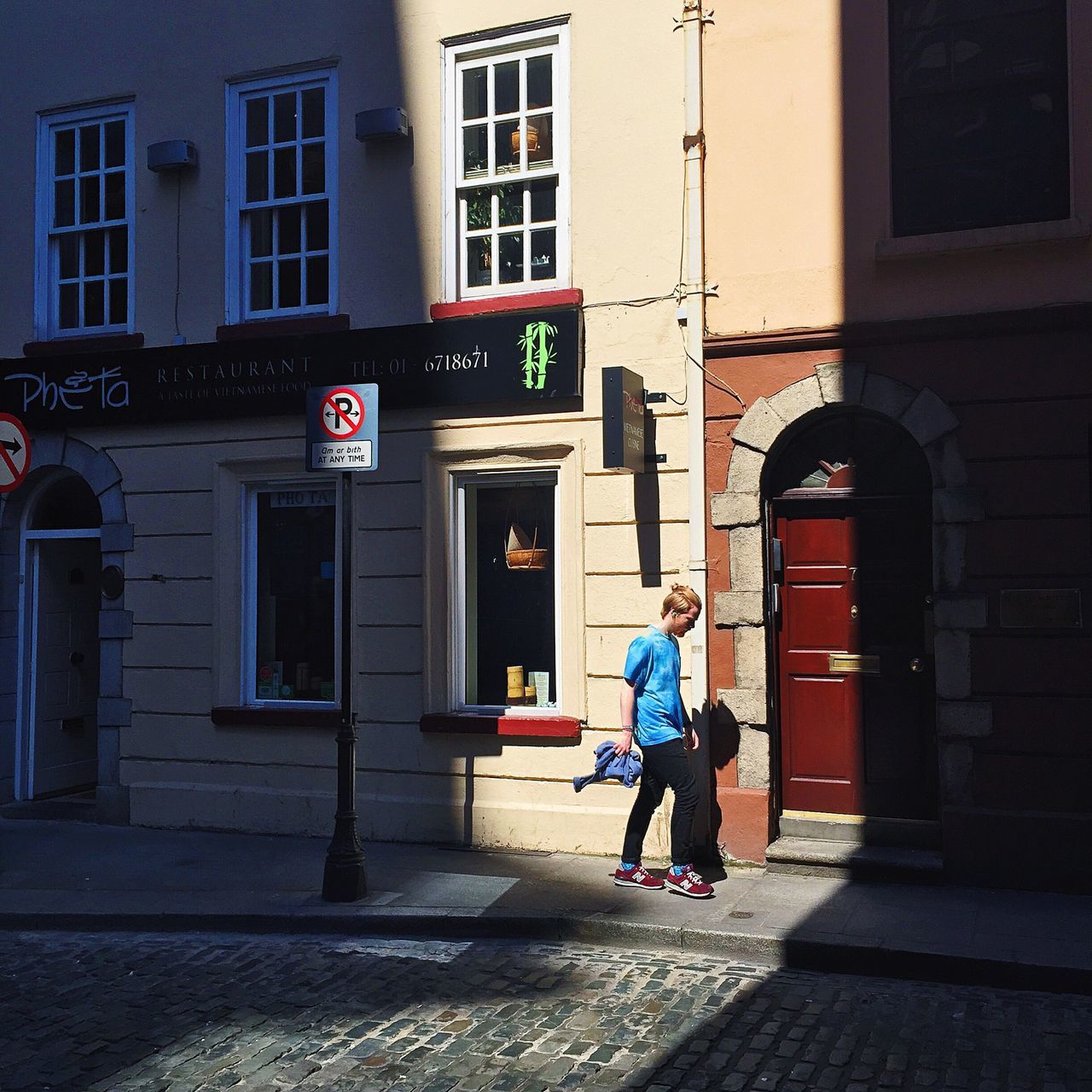 Creative Light And Shadow Soaking Up The Sun Walking Around The City  Walking In The Light Light And Shadow Light Up Your Life Light Walker