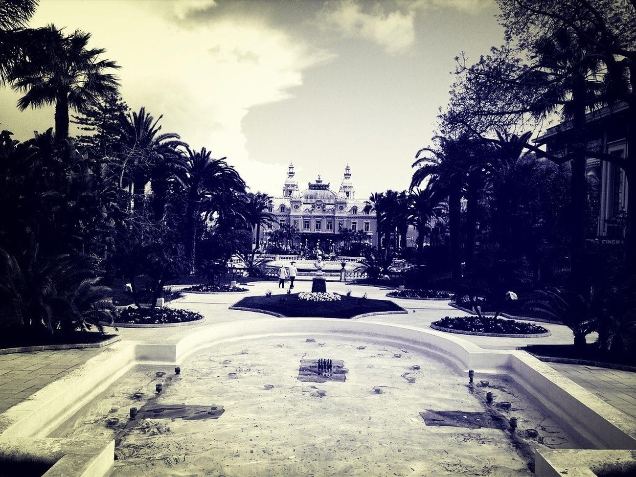 Exploring Monaco Fountain Casino Warking Around