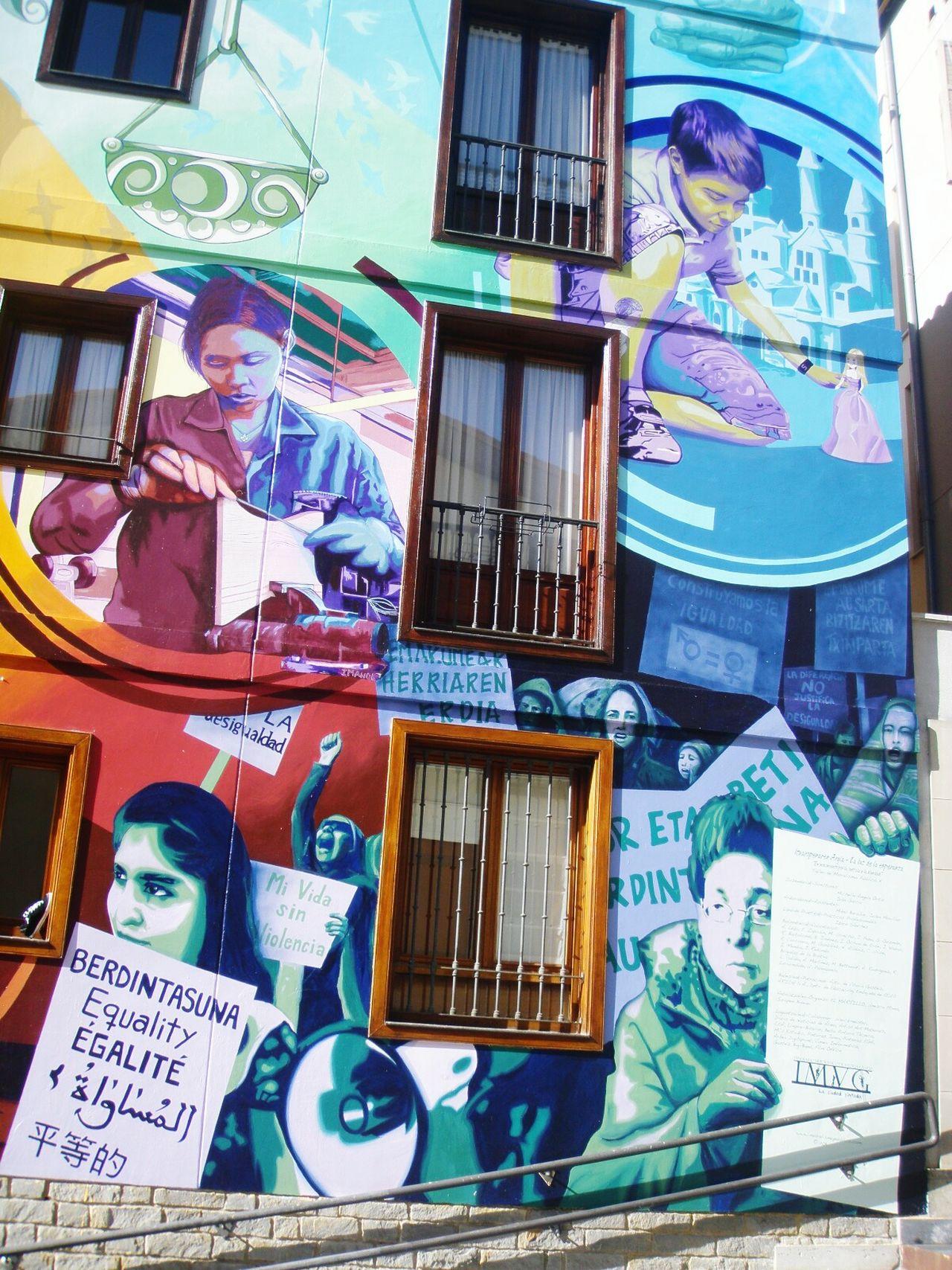 Vasco Desigualdad DerechosHumanos Multi Colored Kids Colours Vitoria Murales Gasteiz SPAIN Streetart Love Streetart/graffiti Wall Art Artistas Urbanos Pinturasmurales Building Exterior Architecture Art Artist