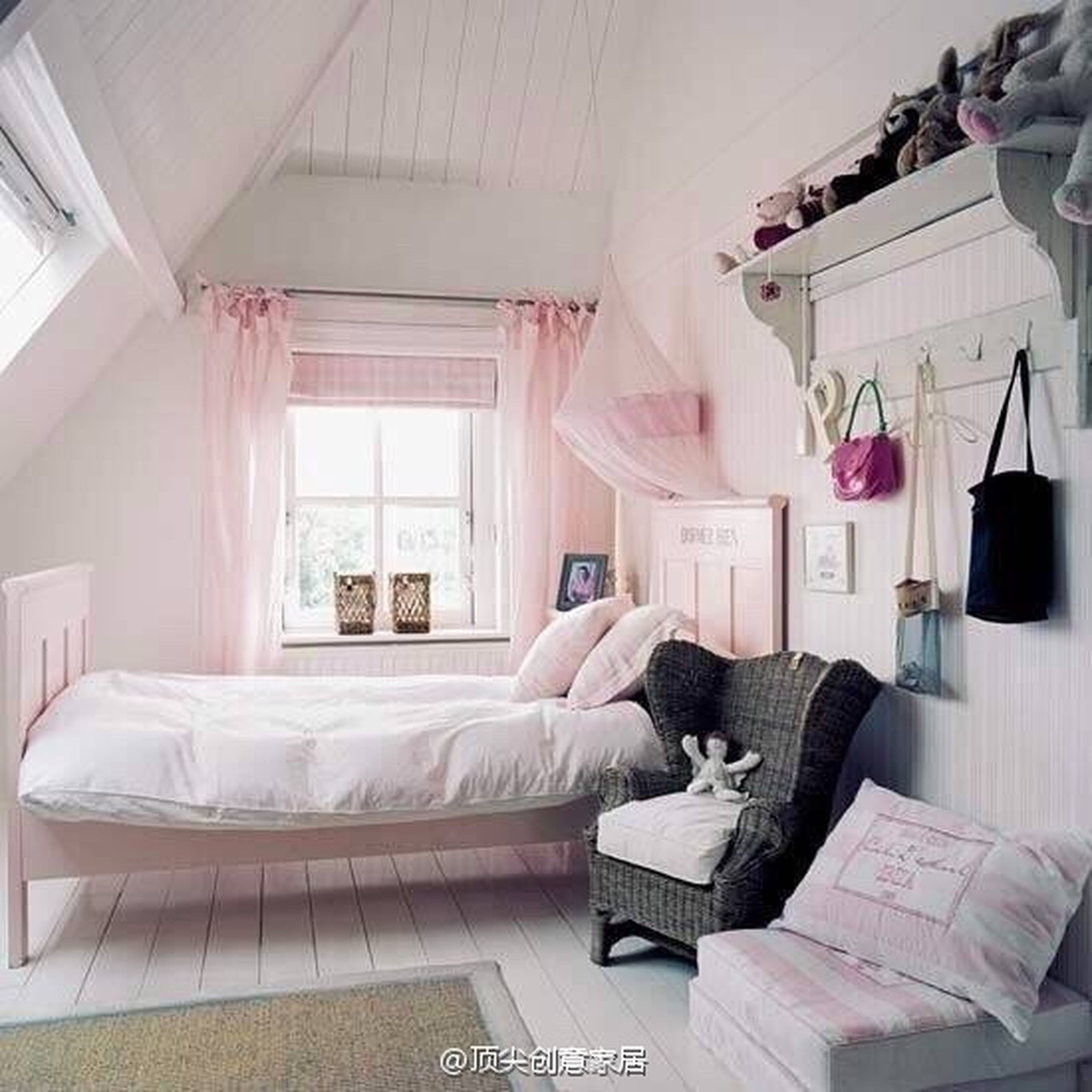 indoors, bed, relaxation, home interior, bedroom, chair, sofa, sitting, table, one person, domestic life, domestic room, book, pillow, lying down, resting, desk, living room, sleeping, comfortable
