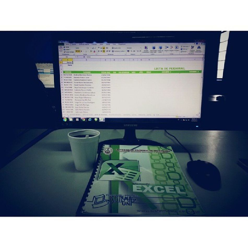 Excel Coffee & Yo muriendo de sueño...