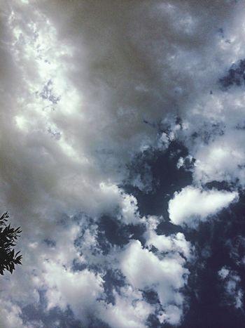 الجو فضيع يَ ربب يجي مطرر