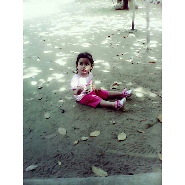 LOST in a BIG WORLD.. -,- Niece  L0ve Cute Ad0rabLe naughty @zackielen