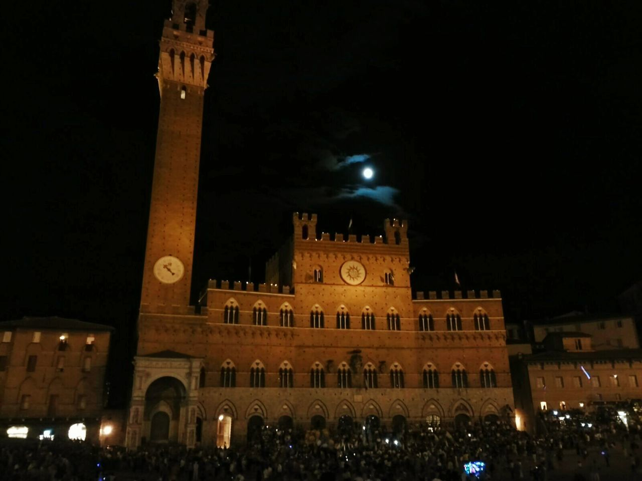 Italy Siena Palio Di Siena Torre Del Mangia Piazza Del Campo Palio By Night Sky Sky And Clouds Night Lights Night Photography Night View Sightseeing Light And Shadow Candle Moonlight Moon