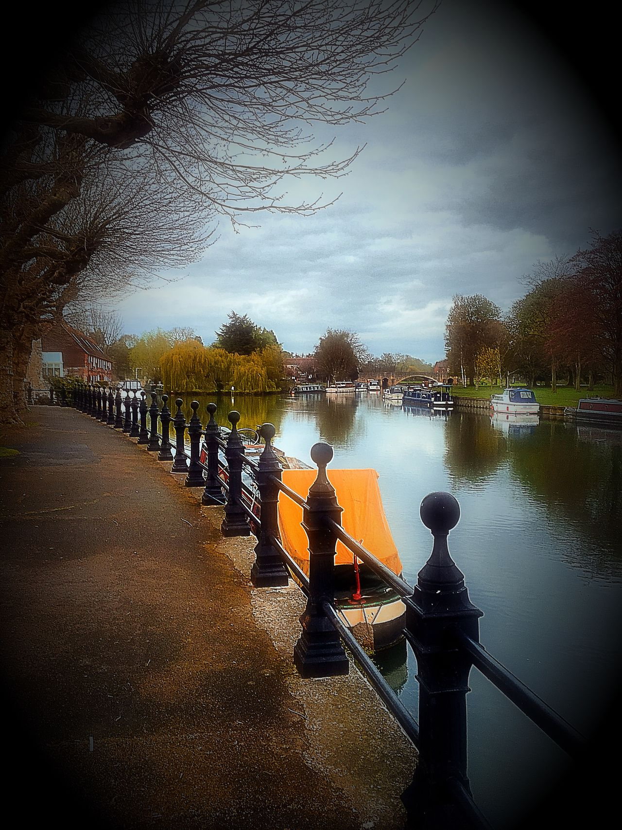 Abingdon-on-Thames Iphonephotography Iphone6s Mix Filter Riverside Photography River Thames