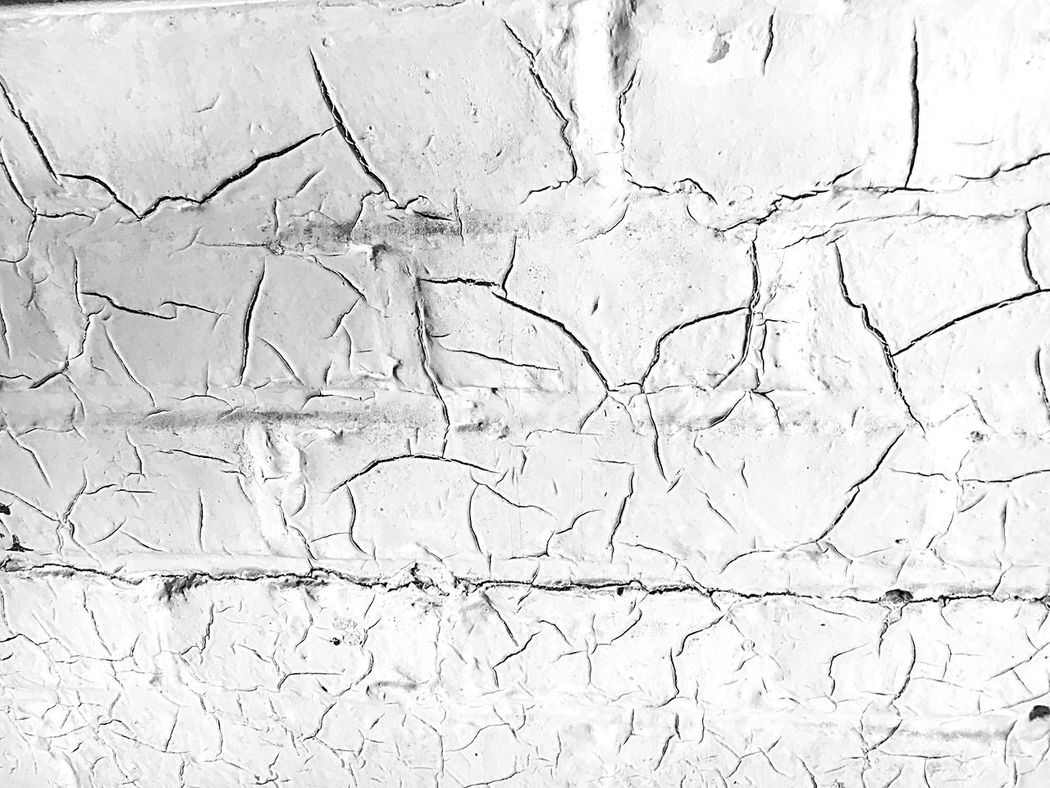 Crack Cracked Shredded Paint Wall Things I Like Old Paint Old Wall Old But Awesome Old Warehouse Warehouse Black & White Blackandwhite Black And White Blackandwhite Photography Black&white Black And White Photography White White Wall Simplicity Less Is More Check This Out EyeEm Best Shots - Black + White Eyemphotography EyeEm Best Edits