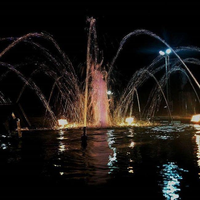 Goodnight GutenNacht Bonnenuit Buenasnoches Argentina Bsas Buenosaires Bahiablanca Fountain Fontana Night Lights Igrs IgrsArgentina IgrsBsAs Instagram Instapic Instagood Instalike Instamoment Instacool Igers Igersargentina Igersbsas Picoftheday TagsForLike