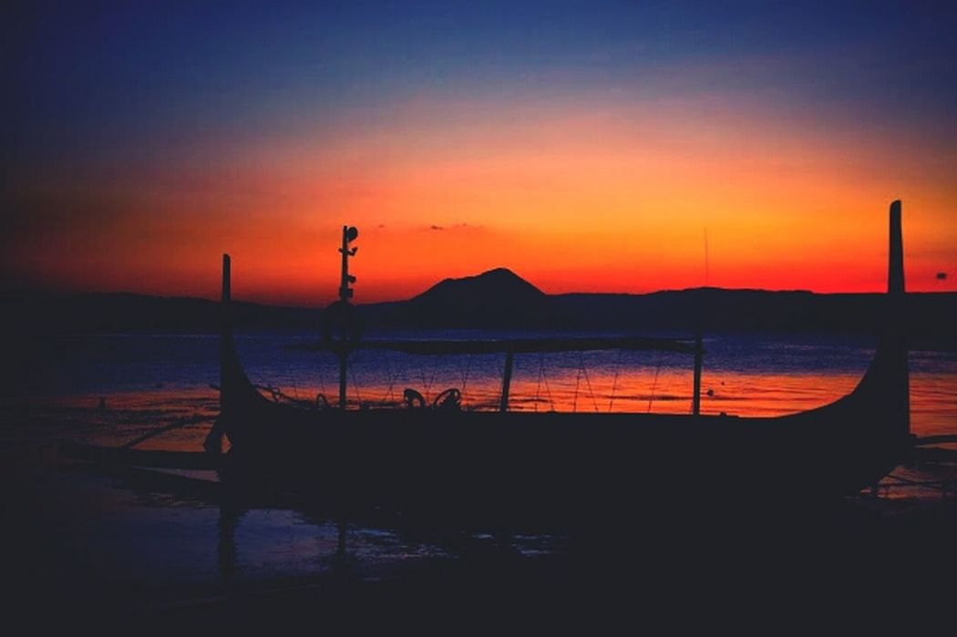 Travel Photography Sunset Volcano Taal Lake