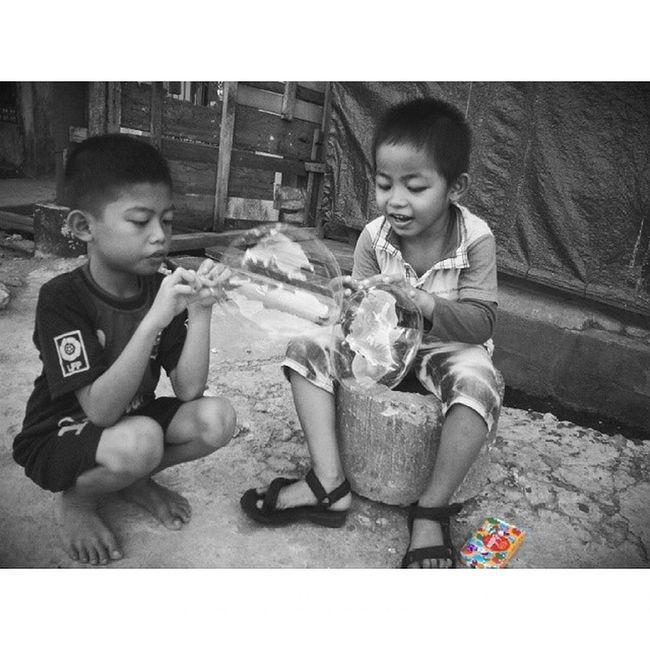 Baloon Mataponsel Kamerahpgw Loves_world Loves_indonesia_humaninterest loves_indonesia loves_people photo_storia photojournalismisart