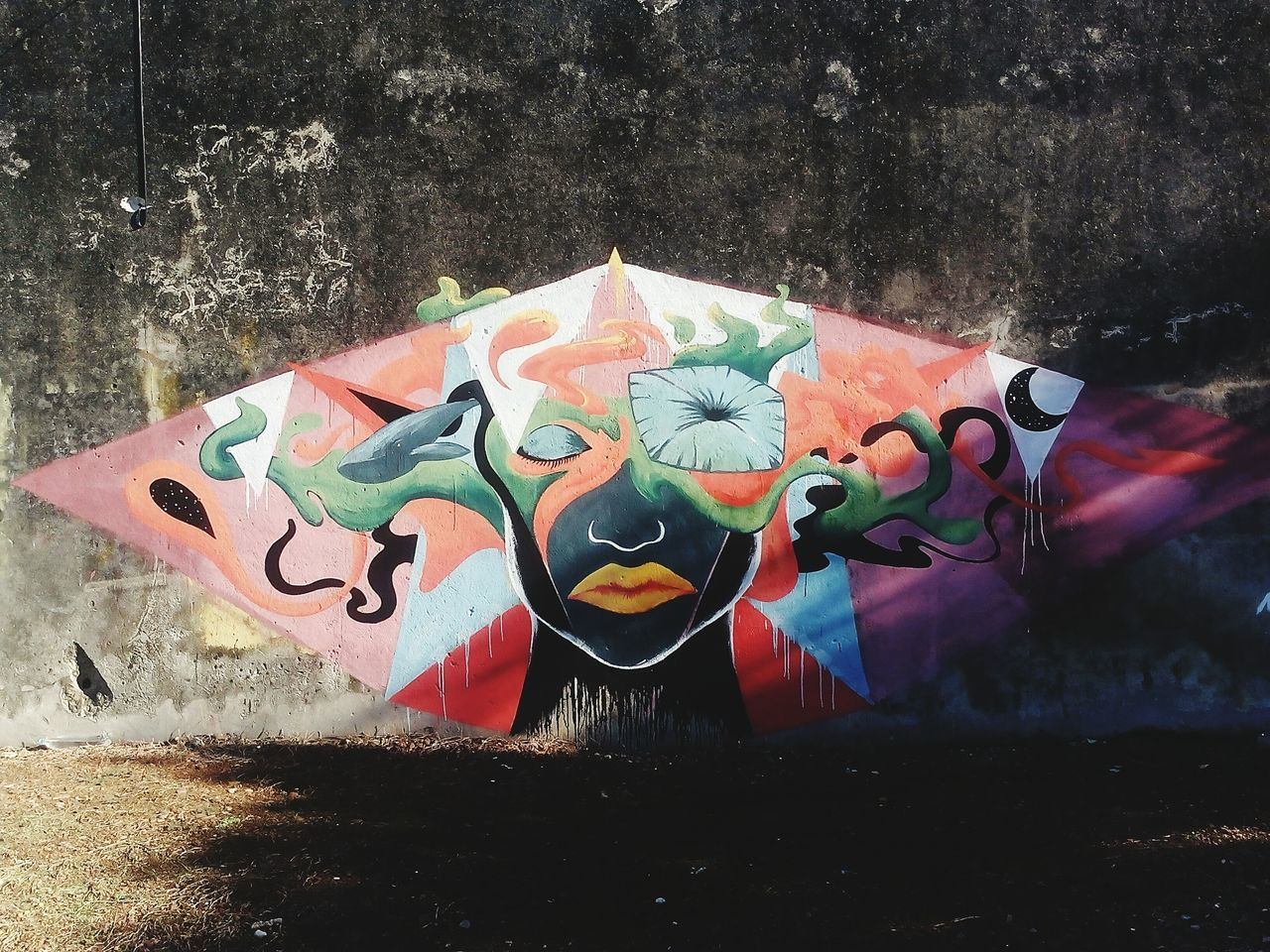 Outdoors Close-up No People Spray Paint Illuminated Day EyeEm Gallery EyeEmNewHere Graffiti Art Art, Drawing, Creativity Arte Callejero Espontaneo Artecallejero Fragility ;)😍