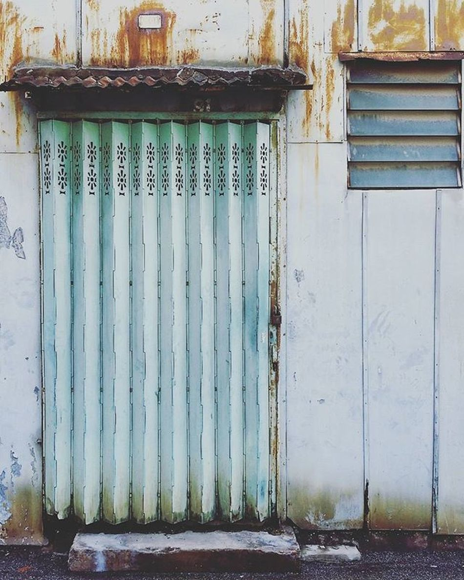 OLD MACAU Macau Door Cs_reality Loves_asia Instasyon Pick_challenges Vsco_allshots Ig_worldclub Splendid_urban Igersdf Likesphotogram Worldwide_shot Bestestaward VSCO Vscocam Ig_portugal Igersportugal P3top Architecturelovers Archidaily Likesphotogram Photooftheday Minimal_perfection Minimalism Minimal ig_photooftheday amselcom instagood photooftheday picoftheday