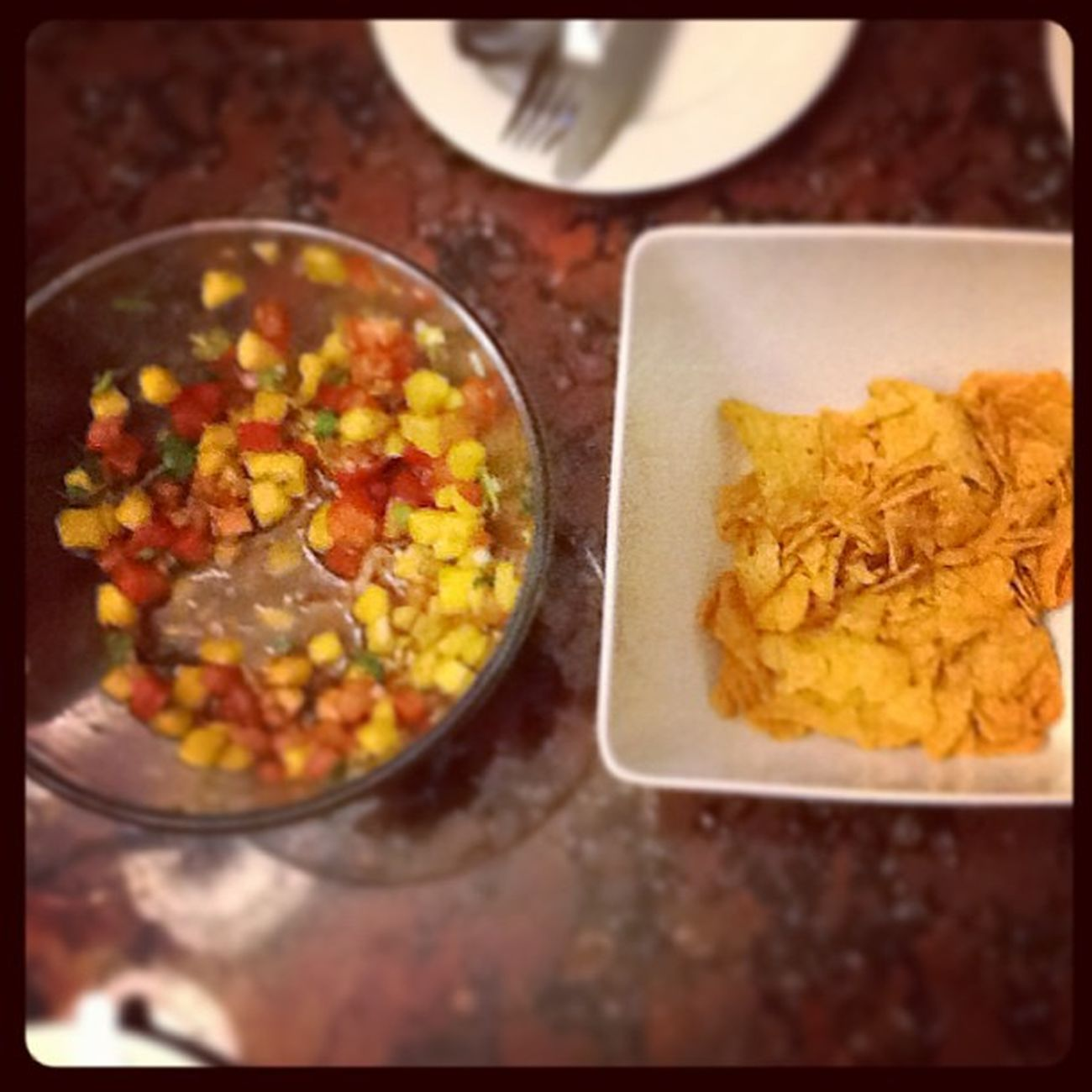 Nachos+สลัดผลไม้ บ่องตงอร่อยและกินเพลินมาก ของกิน สุดอร่อย วันเกิด น้องปร้าน บ้านอานกพี่จ๋าอร่อยมากกกก