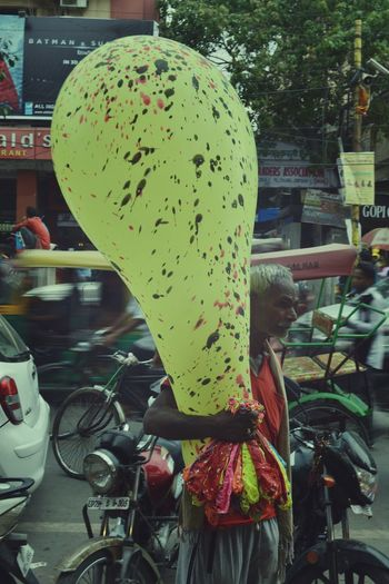 Big Ballon Ballon Yellow Old Olddelhi Here Belongs To Me Perfect Expression Of Him.