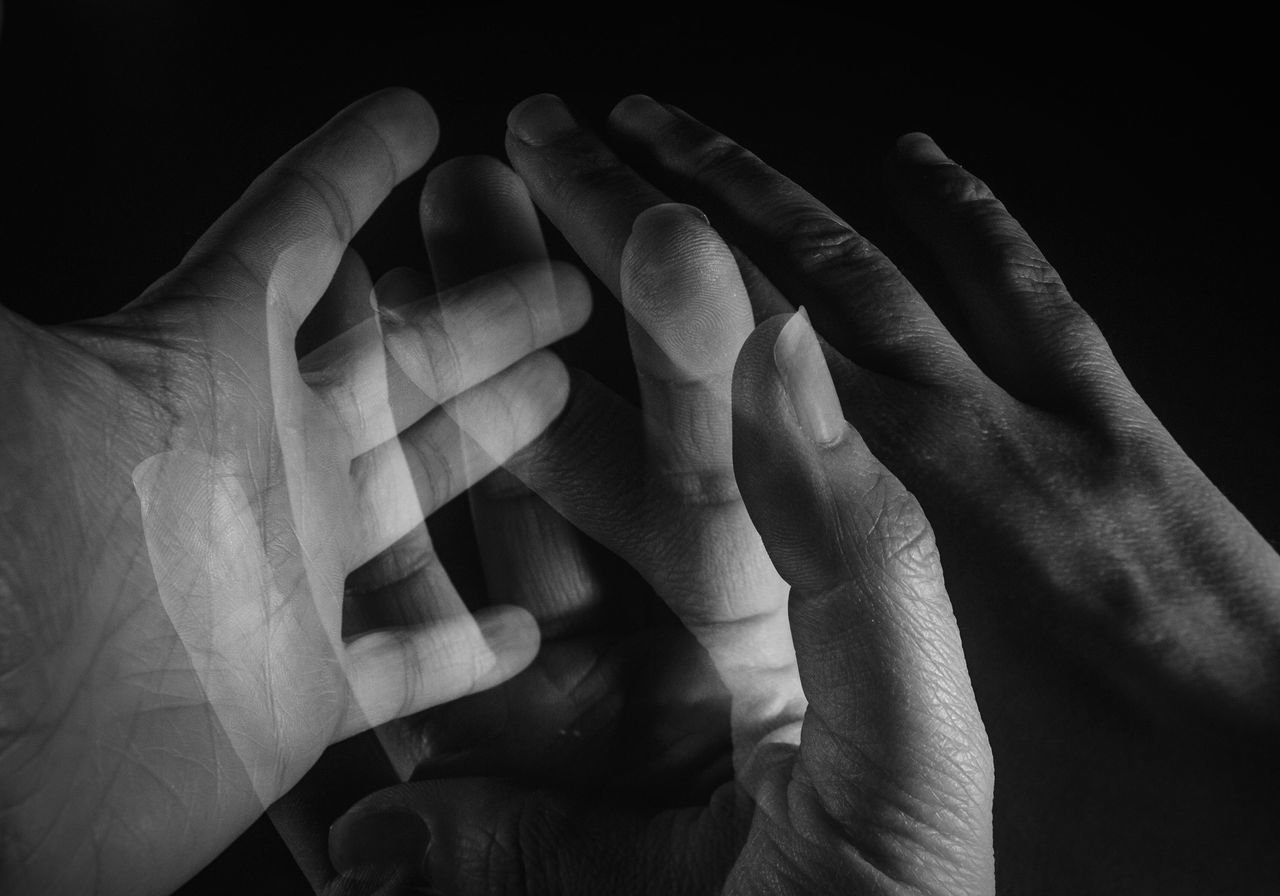 Human Body Part Human Hand Close-up Black Background Indoors  People Black And White Photography Black & White Blackandwhite Multiple Exposures Hands Blackandwhite Photography Artistic Artistic Photo Artistic Expression Artistic Photography