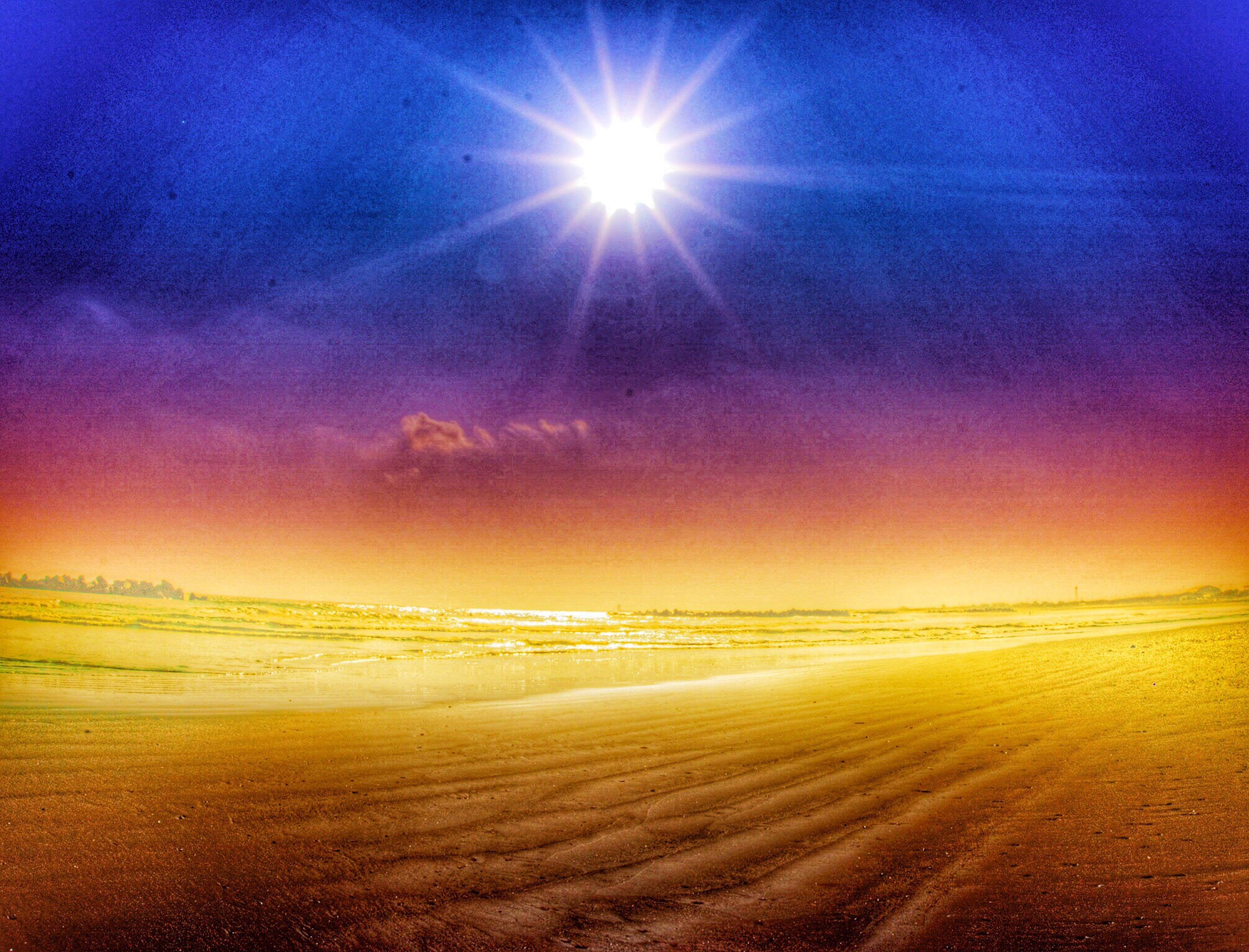 sun, tranquility, sky, tranquil scene, scenics, sunbeam, beauty in nature, sunlight, sunset, nature, cloud - sky, lens flare, idyllic, landscape, cloud, non-urban scene, bright, outdoors, no people, beach