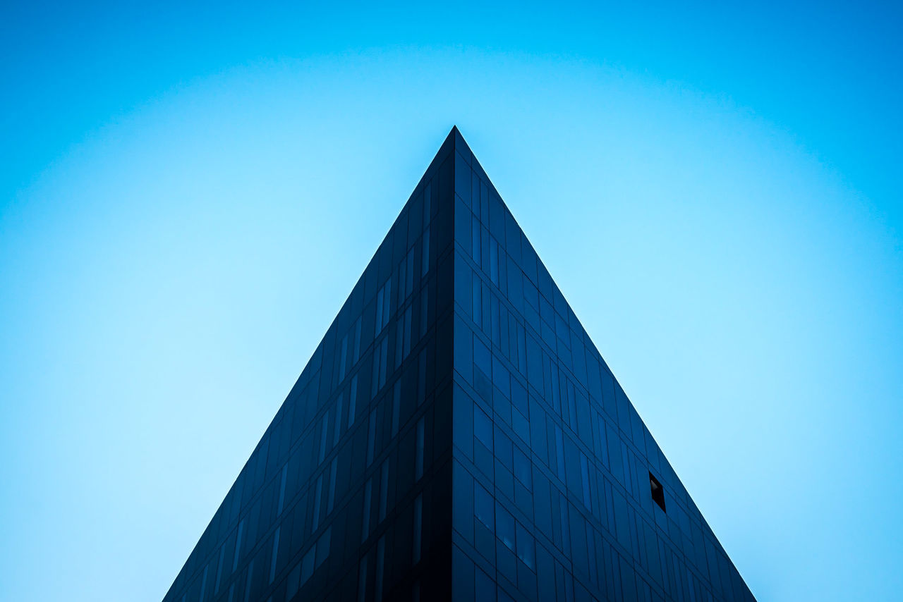 Architectural Feature Architecture Architecture Building Exterior Built Structure Clear Sky Close-up Day Geometric Shape Geometric Shapes Geometry Low Angle View Minimal Minimalism Minimalism_masters Minimalist Minimalist Architecture Minimalist Photography  Minimalistic Minimalmood Minimalobsession No People Outdoors Pyramid Sky Minimalist Architecture