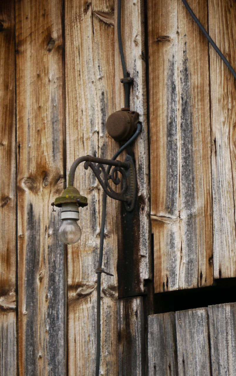 wood - material, door, close-up, no people, day, old-fashioned, outdoors, latch