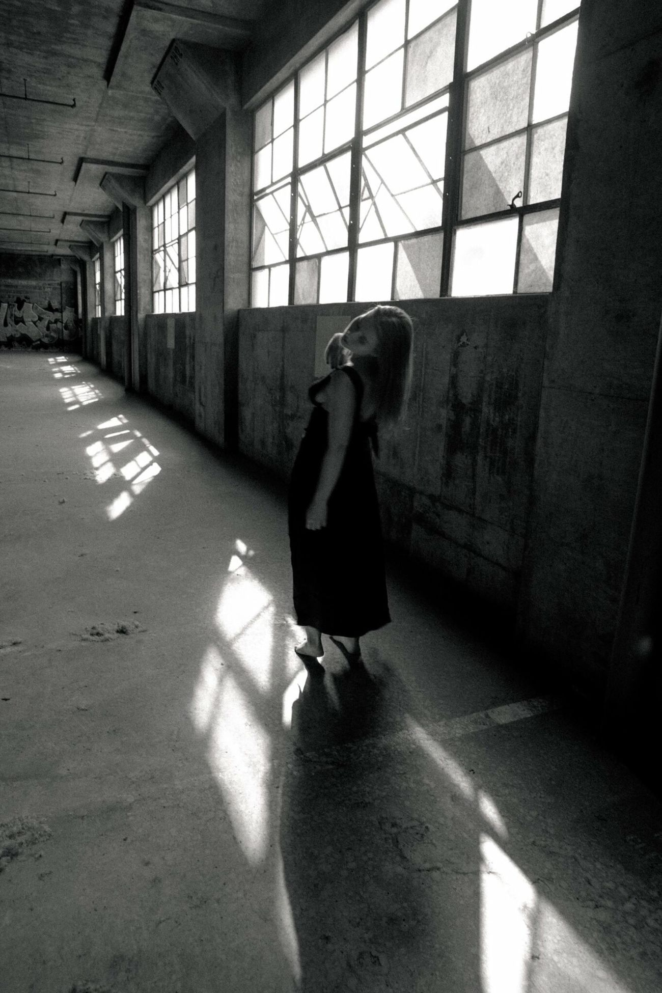 Light And Reflection Light And Shadow Dance Portrait Of A Woman Abandoned Buildings